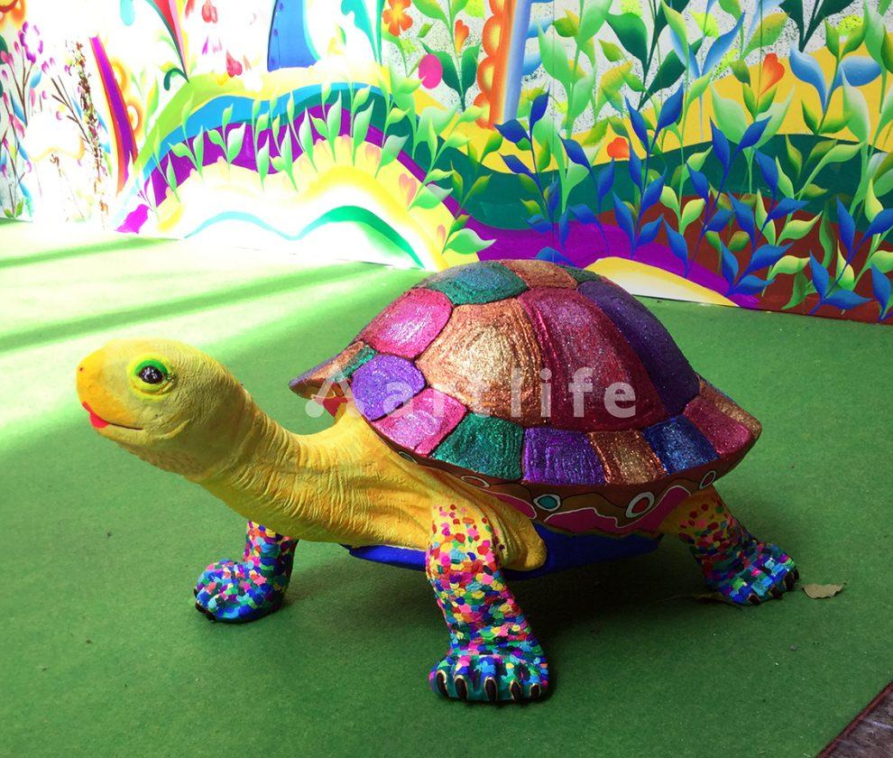 東急ハンズ新宿店のイベント「カラフル立体動物アート」